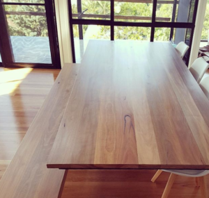 Feature-Timber-table-2